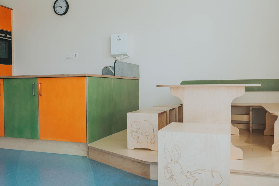 Schreinerei_Kemptner_Kindergarten-Küche_06